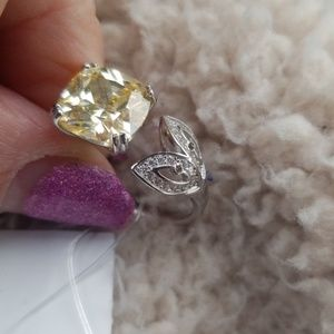 Jewelry - Sterling silver CZ ring, open style